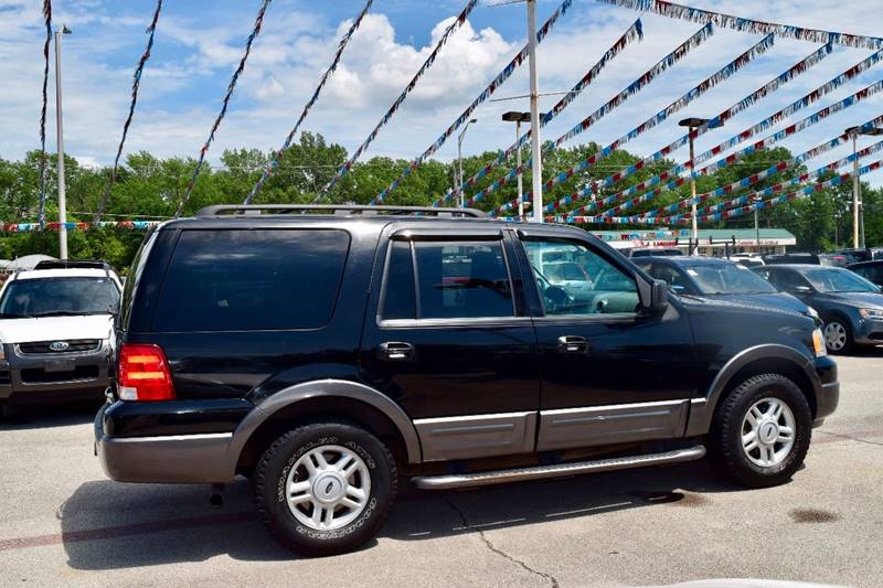 2005 Ford Expedition for sale at CRESTWOOD AUTO AUCTION in Crestwood IL