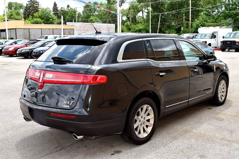 2014 Lincoln MKT Town Car for sale at CRESTWOOD AUTO AUCTION in Crestwood IL