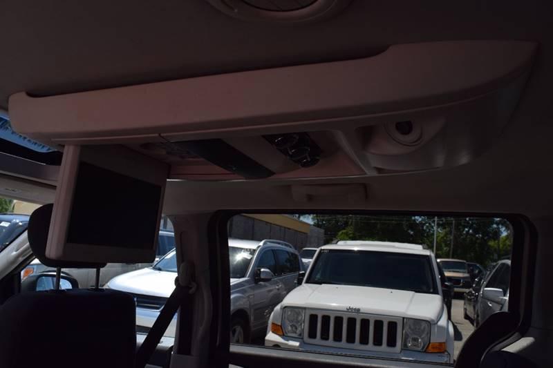 2008 Dodge Grand Caravan for sale at CRESTWOOD AUTO AUCTION in Crestwood IL