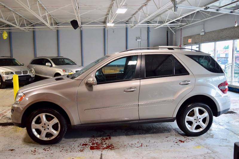 2008 Mercedes-Benz M-Class for sale at CRESTWOOD AUTO AUCTION in Crestwood IL