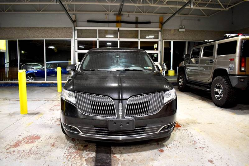 2013 Lincoln MKT Town Car - Crestwood, IL CHICAGO ILLINOIS