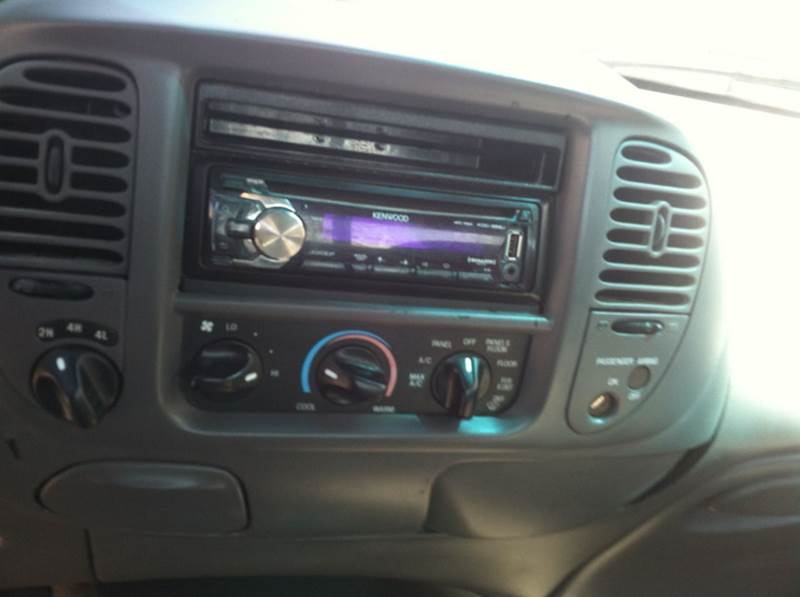 2002 Ford F-150 2dr Standard Cab XL 4WD Styleside LB - Indianapolis IN