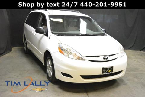 2010 Toyota Sienna for sale in Warrensville Heights, OH