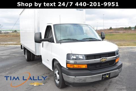 2017 Chevrolet Express Cutaway for sale in Warrensville Heights, OH