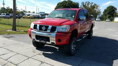 2004 Nissan Titan for sale at GOLDEN GATE AUTOMOTIVE,LLC in Zephyrhills FL