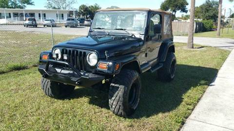 2001 Jeep Wrangler for sale at GOLDEN GATE AUTOMOTIVE,LLC in Zephyrhills FL