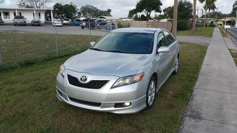 2009 Toyota Camry for sale at GOLDEN GATE AUTOMOTIVE,LLC in Zephyrhills FL