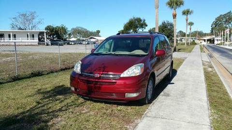 2004 Toyota Sienna for sale at GOLDEN GATE AUTOMOTIVE,LLC in Zephyrhills FL