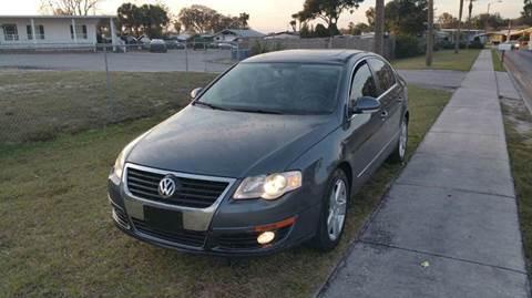 2009 Volkswagen Passat for sale at GOLDEN GATE AUTOMOTIVE,LLC in Zephyrhills FL