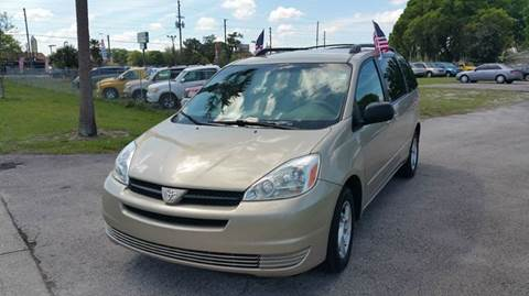 2005 Toyota Sienna for sale at GOLDEN GATE AUTOMOTIVE,LLC in Zephyrhills FL
