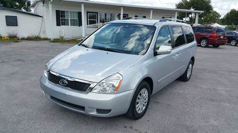 2011 Kia Sedona for sale at GOLDEN GATE AUTOMOTIVE,LLC in Zephyrhills FL