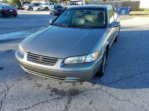 1998 Toyota Camry for sale at GOLDEN GATE AUTOMOTIVE,LLC in Zephyrhills FL