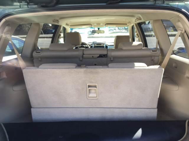 2004 Toyota Highlander AWD 4dr SUV V6 w/3rd Row - Clyde NC