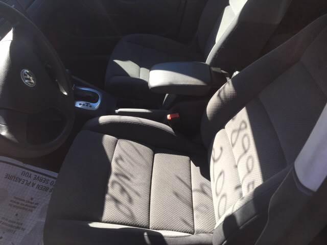 2007 Volkswagen Rabbit 4dr Hatchback (2.5L I5 6A) - Clyde NC