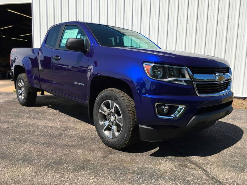 2017 chevrolet colorado 4x4 work truck 4dr extended cab 6 ft lb in manistee mi manistee chevrolet. Black Bedroom Furniture Sets. Home Design Ideas