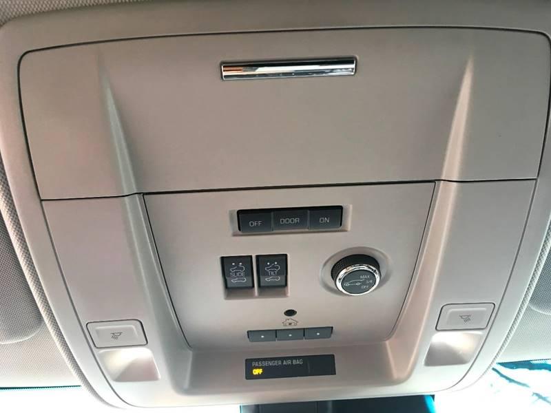 2017 Chevrolet Suburban 4x4 Premier 1500 4dr SUV - Manistee MI