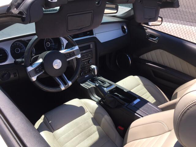 2013 Ford Mustang V6 Premium 2dr Convertible - Las Vegas NV