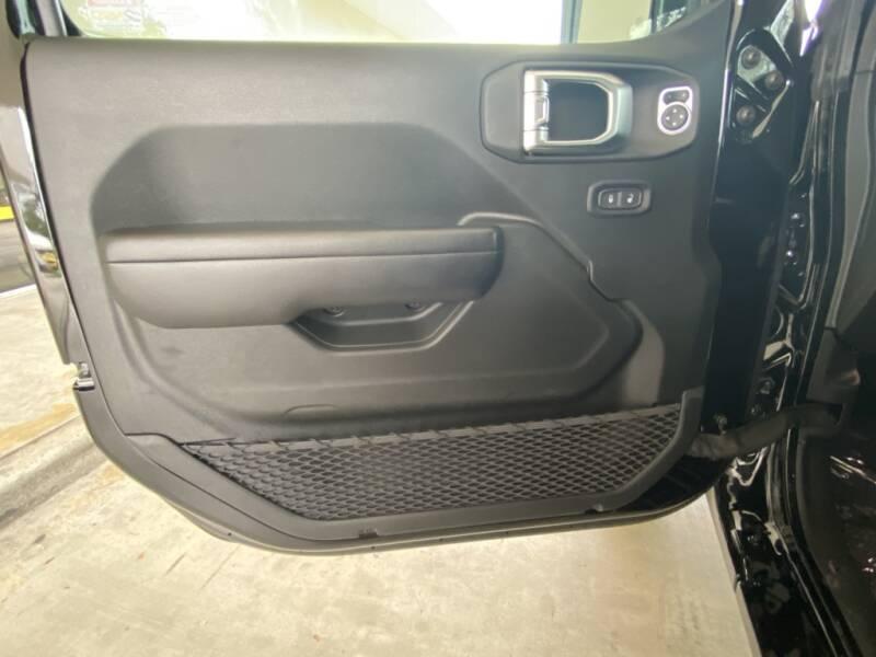 2020 Jeep Gladiator 4x4 Sport 4dr Crew Cab 5.0 ft. SB - Davie FL