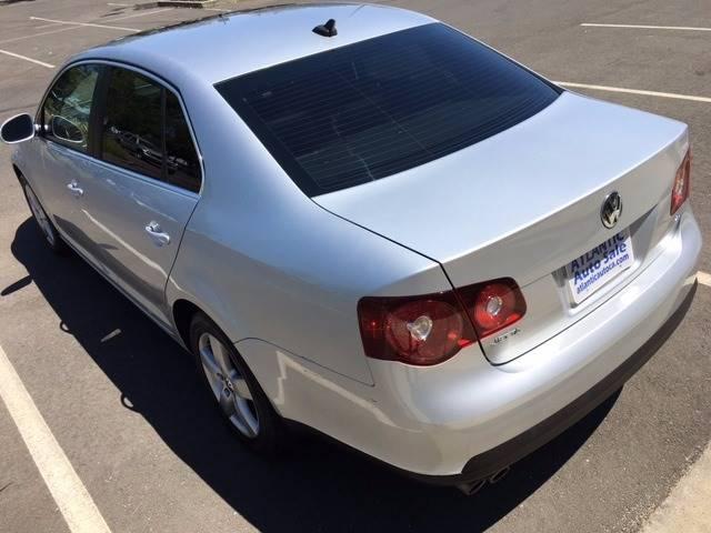 2008 Volkswagen Jetta SEL 4dr Sedan 6A - Sacramento CA