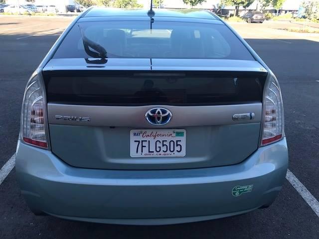 2014 Toyota Prius Plug-in Hybrid 4dr Hatchback - Sacramento CA