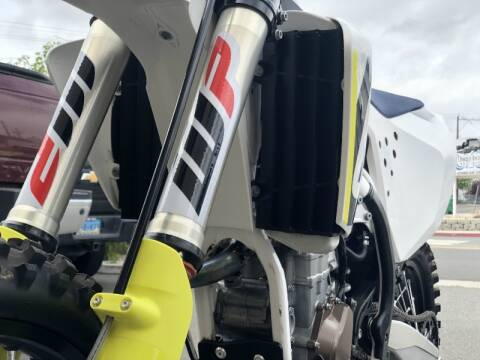 2018 Husqvarna FC450, FULL FMF EXHAUST, CLEAN