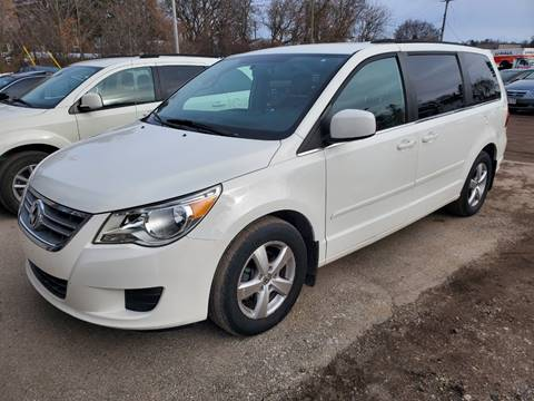 2011 Volkswagen Routan SE for sale at JDL Automotive and Detailing in Plymouth WI