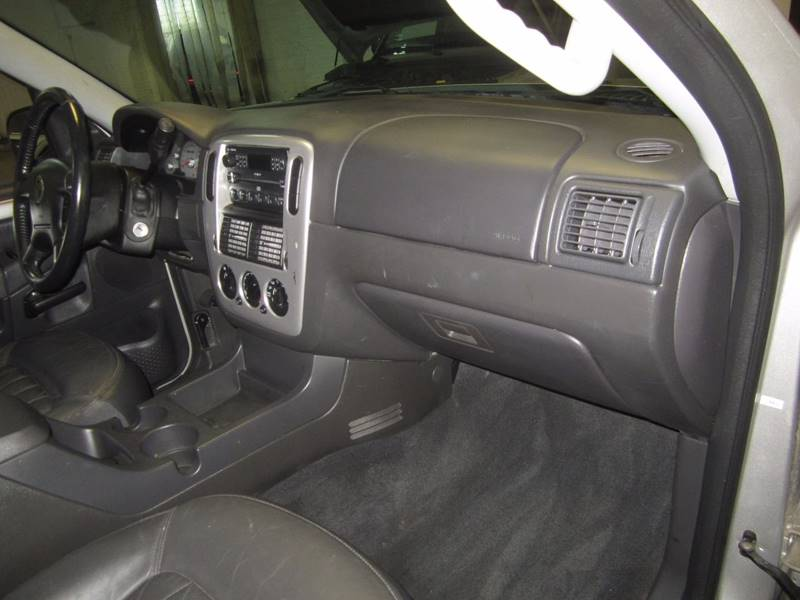 2004 Mercury Mountaineer for sale at US Auto in Pennsauken NJ