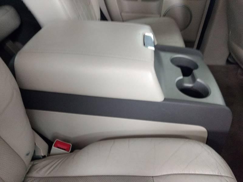 2004 Lincoln Navigator for sale at US Auto in Pennsauken NJ