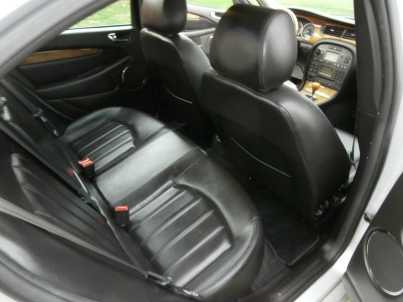 2004 Jaguar X-Type AWD 3.0 4dr Sedan - Lancaster PA