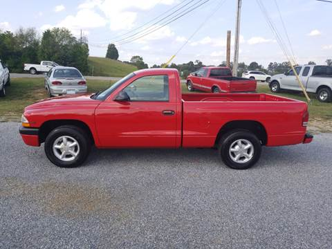 1997 Dodge Dakota for sale at CAR-MART AUTO SALES in Maryville TN