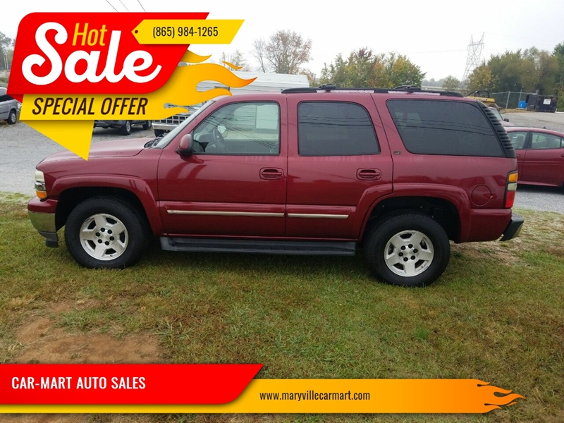 2005 Chevrolet Tahoe for sale at CAR-MART AUTO SALES in Maryville TN