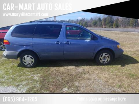 2000 Toyota Sienna for sale at CAR-MART AUTO SALES in Maryville TN