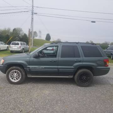 2002 Jeep Grand Cherokee for sale at CAR-MART AUTO SALES in Maryville TN