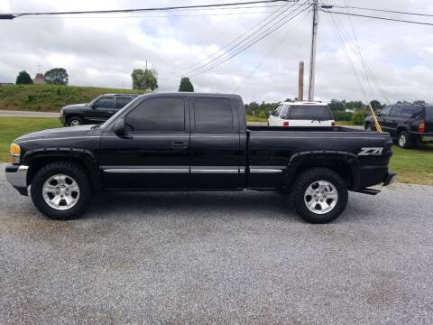 2001 GMC Sierra 1500 for sale at CAR-MART AUTO SALES in Maryville TN