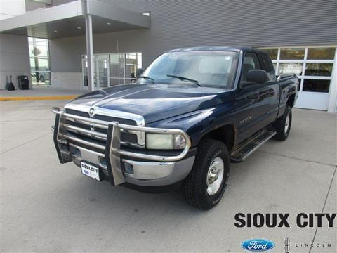 2001 Dodge Ram Pickup 1500 for sale in Sioux City, IA