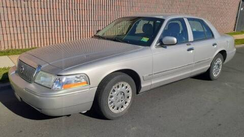 2004 Mercury Grand Marquis for sale at G1 AUTO SALES II in Elizabeth NJ