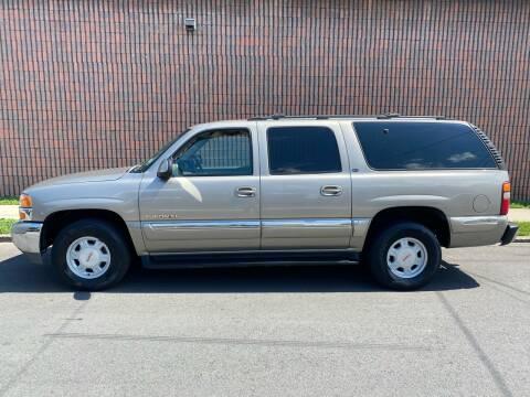 2001 GMC Yukon XL for sale at G1 AUTO SALES II in Elizabeth NJ