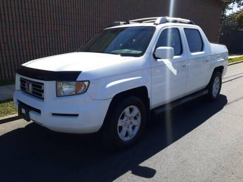 2006 Honda Ridgeline for sale at G1 AUTO SALES II in Elizabeth NJ