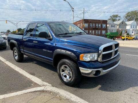 2005 Dodge Ram Pickup 1500 for sale at G1 AUTO SALES II in Elizabeth NJ