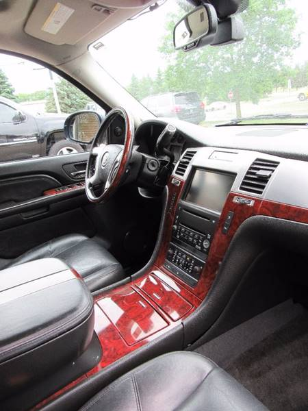 2007 Cadillac Escalade for sale at PRIME MOTORS in Ham Lake MN