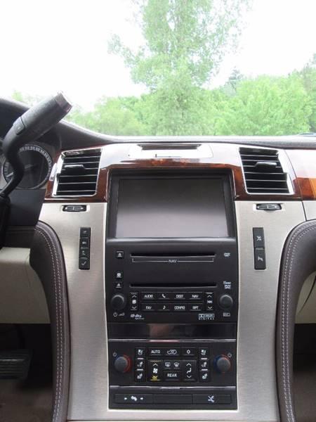 2010 Cadillac Escalade for sale at PRIME MOTORS in Ham Lake MN