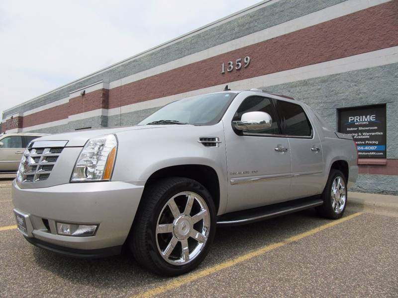 2011 Cadillac Escalade EXT for sale at PRIME MOTORS in Ham Lake MN