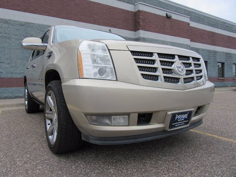 2007 Cadillac Escalade for sale at PRIME MOTORS in Ham Lake MN