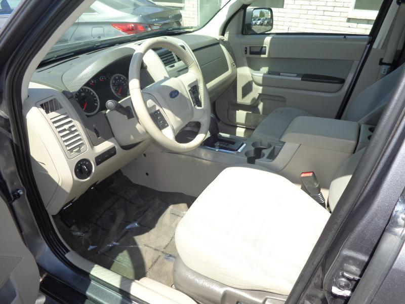 2010 Ford Escape XLT 4dr SUV - Glendale AZ