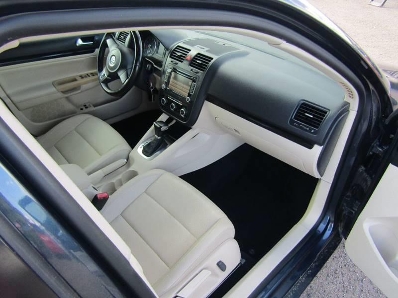 2010 Volkswagen Jetta SE 4dr Sedan 6A - El Mirage AZ