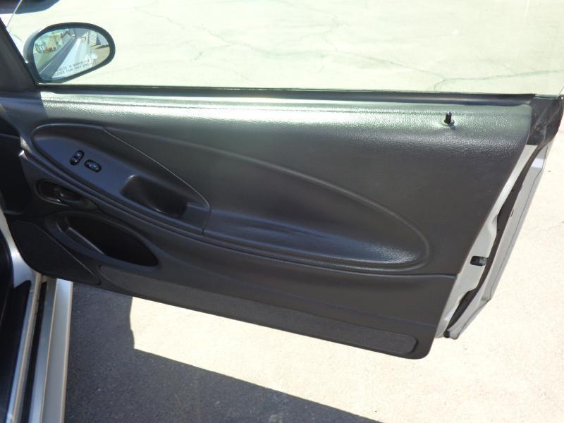 2004 Ford Mustang 2dr Fastback - Glendale AZ