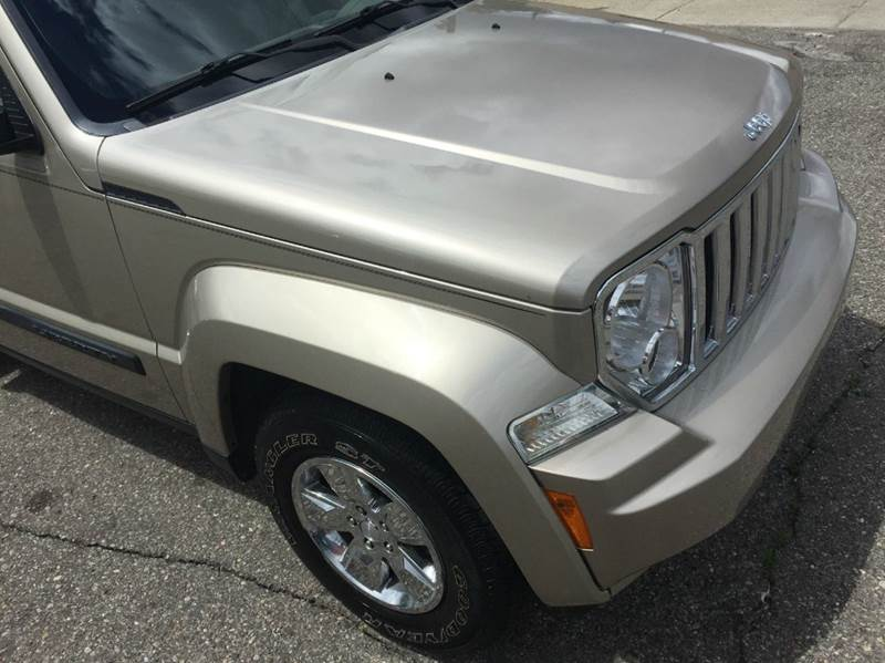 2010 Jeep Liberty 4x2 Sport 4dr SUV - Detroit MI