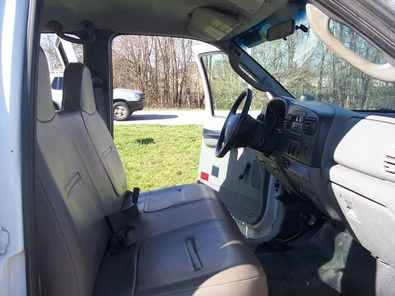 2006 Ford F-350 Super Duty XL 4dr Crew Cab 4WD LB - Bowling Green KY