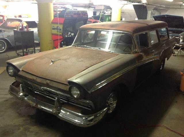 1957 Ford Galaxie wagon - Bowling Green KY