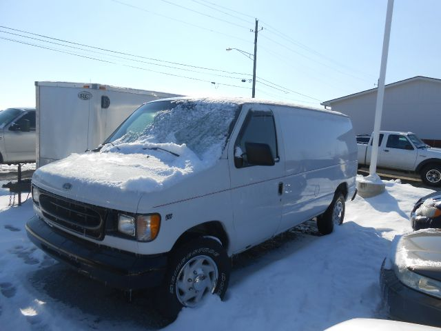 2000 Ford Econoline E250 - MC CORDSVILLE IN